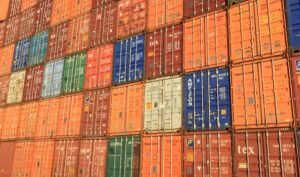 ship containers globally